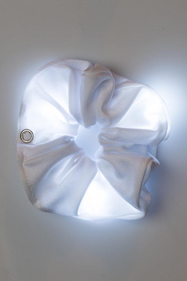Loomies Scrunchie Άσπρο με Φωτεινά Στοιχεία