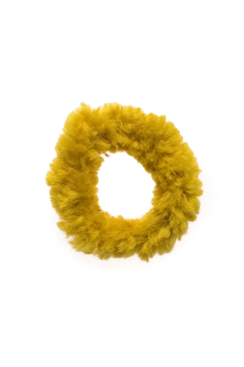 Κίτρινη Σούρα Μαλλιών Scrunchie Γουνάκι