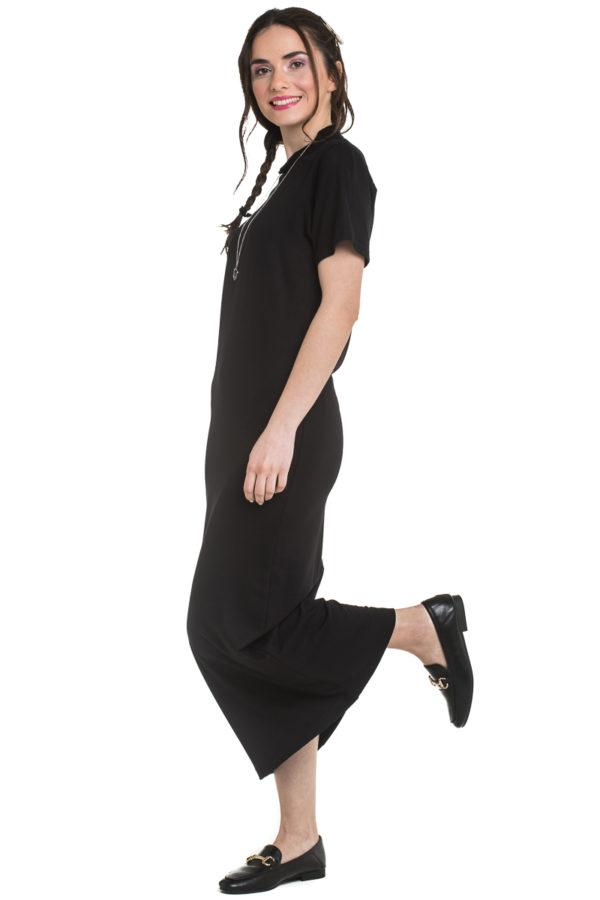 Μαύρο Μακρύ Φόρεμα σε Ίσια Γραμμή